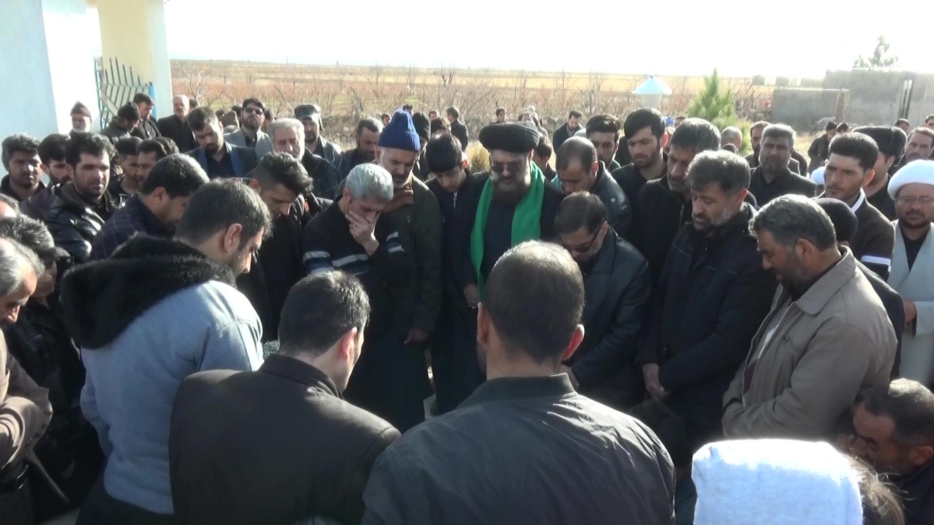 تشییع پیکر پدر شهید حسین شیری عباس آباد در شهرستان قاین