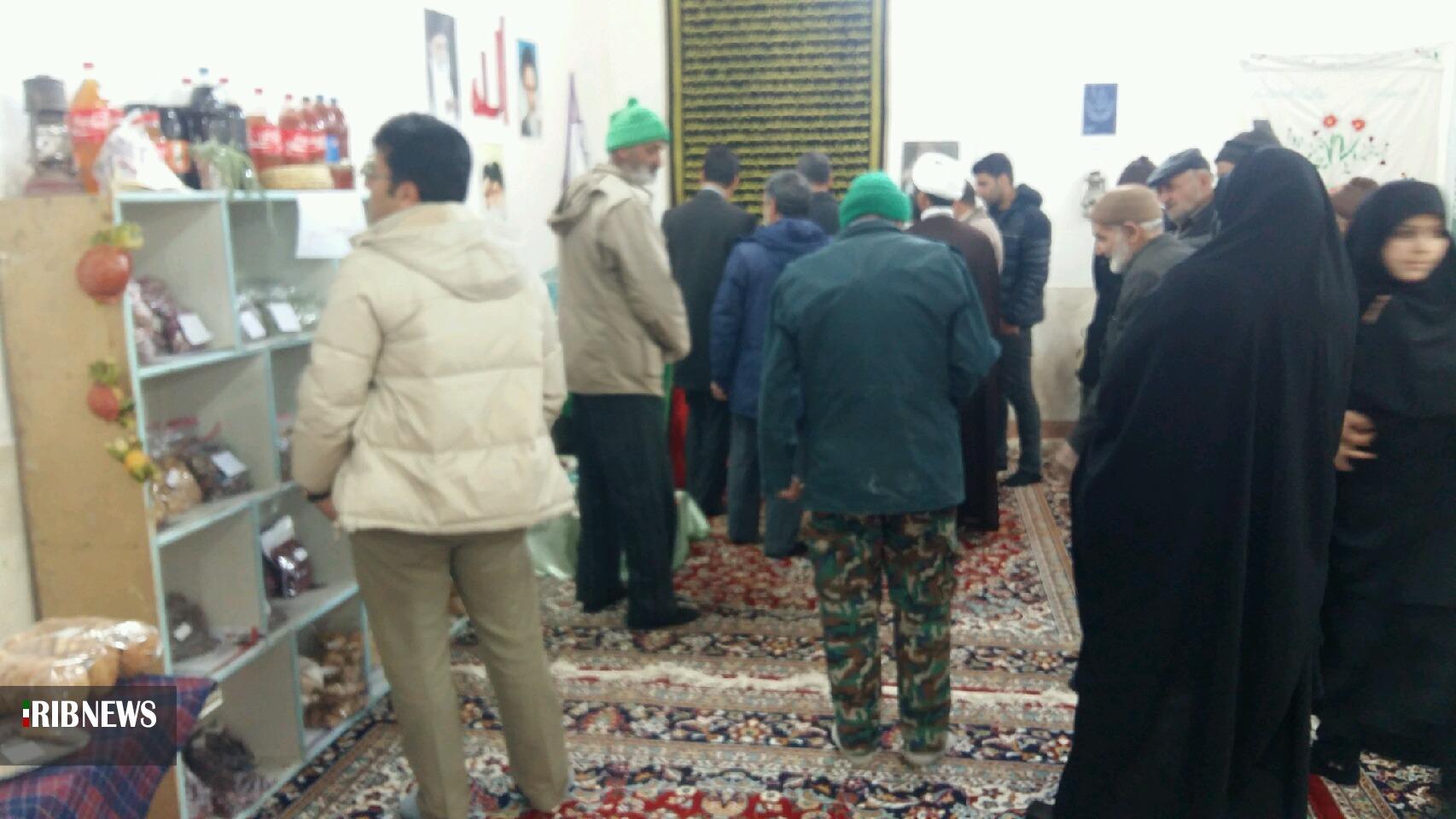 نمایشگاه دستاوردهای بانوان خضری دشت بیاض