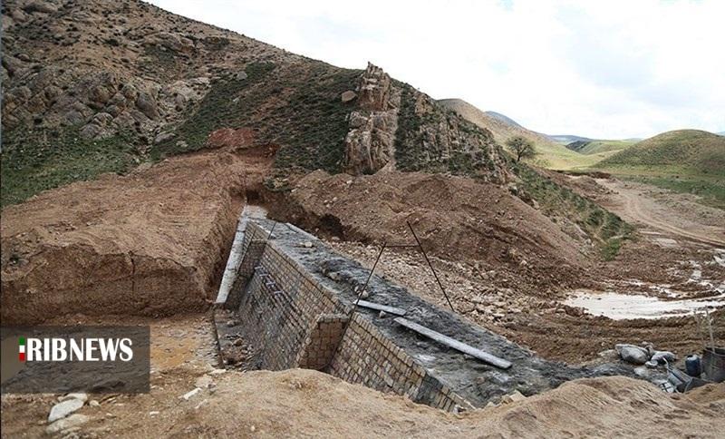 بهره برداری از ۱۲ سازه آبخیزداری قاین، تا پایان بهمن