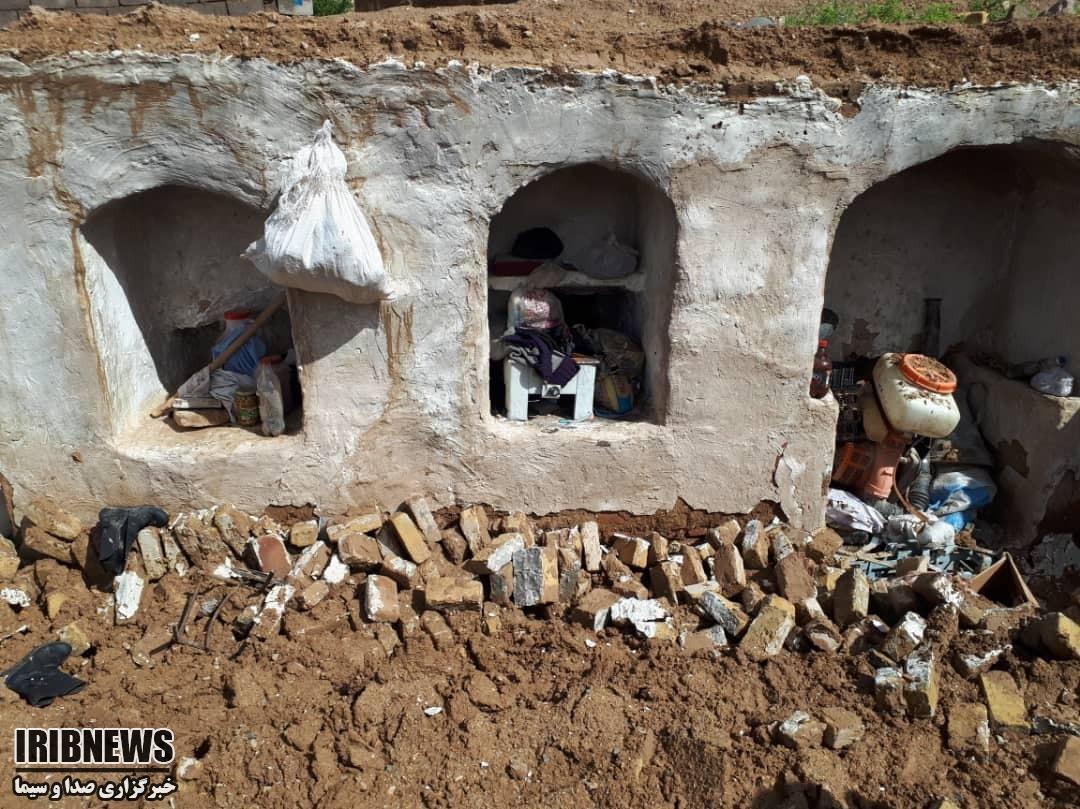آغاز عملیات آواربرداری در روستاهای سیل زده طبس