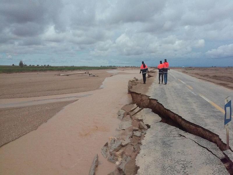 بازگشایی 290 کیلومتر از راههای تخریبی خوسف
