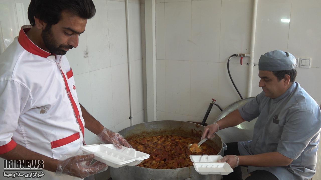 توزیع 1200 پرس غذای گرم در اسفدن