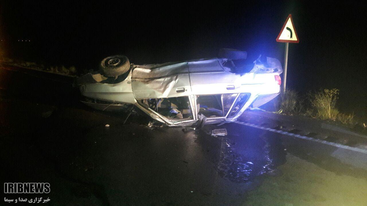واژگونی خودرو جان یک نفر را گرفت.