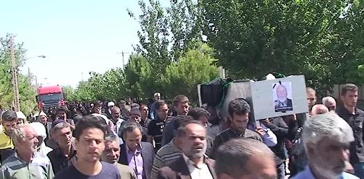تشییع پیکر پدر شهید حسینی در نیمبلوک