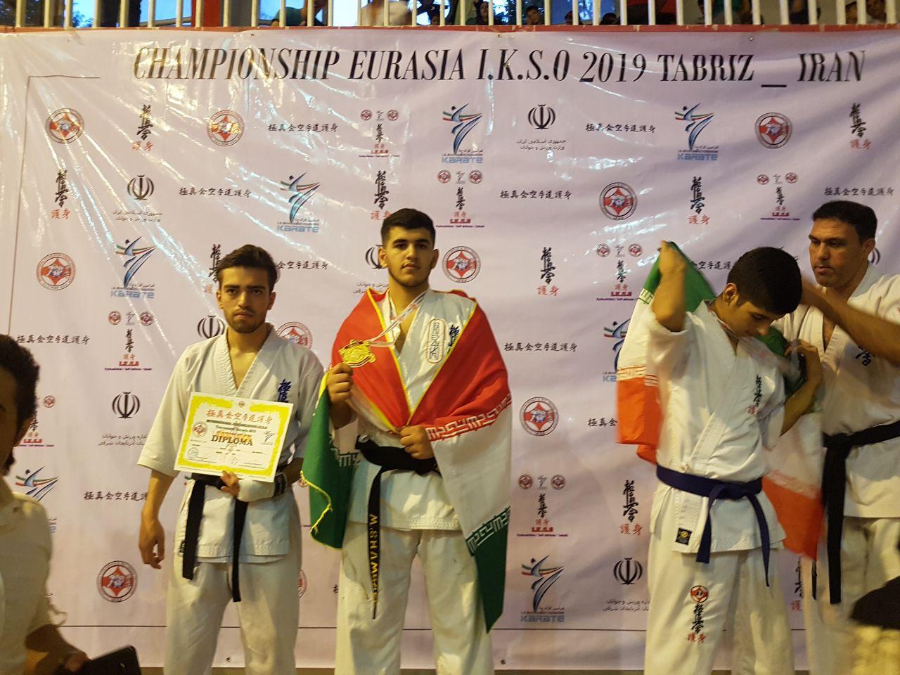 2 مدال طلای مسابقات اور آسیایی کاراته بر گردن ورزشکاران طبسی
