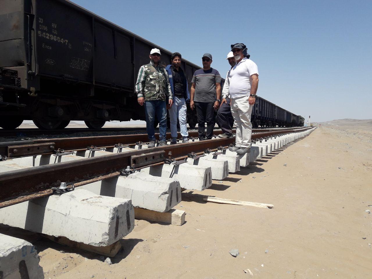 اجرای سیستم روسازی تیرخط در راه آهن شرق