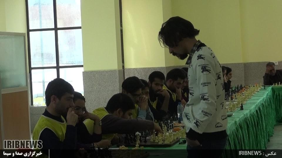 برگزاری مسابقه سیمولتانه شطرنج در دانشگاه علوم پزشکی بیرجند
