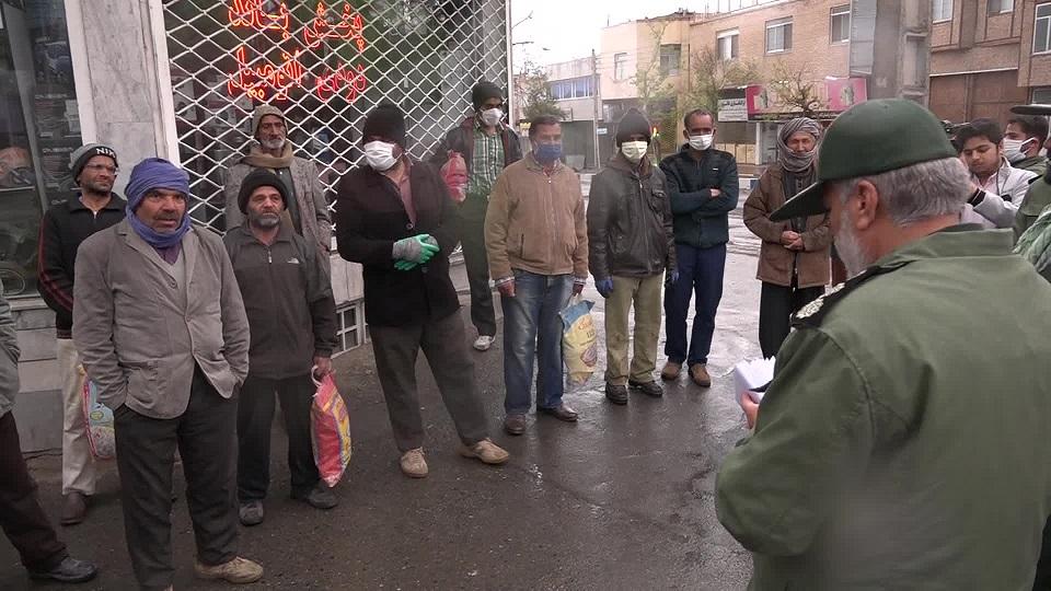 توزیع 110 بن غذایی بین کارگران روز مزد بیرجند
