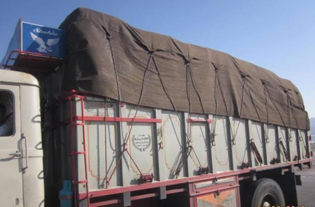 کامیون حامل قند قاچاق در بیرجند متوقف شد