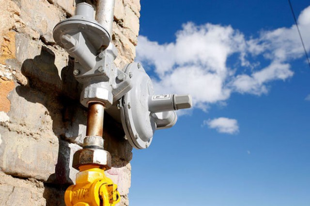 اتصال چند روستا و واحد صنعتی دیگر به شبکه سراسری گاز طبیعی تا پایان امسال