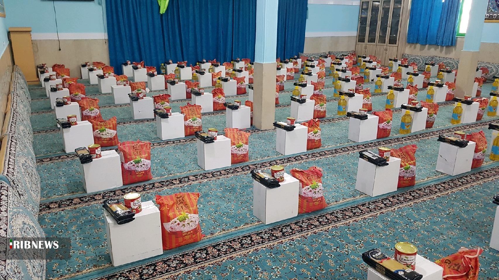 توزیع 500 سبد غذایی بین نیازمندان زیرکوه