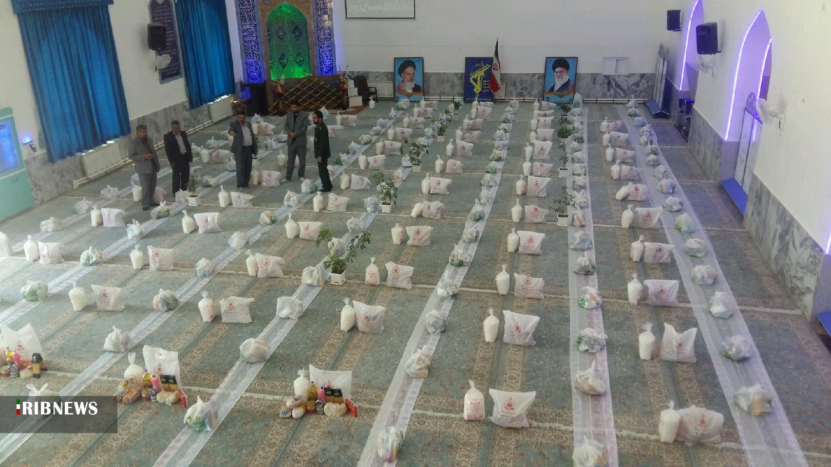توزیع 300 بسته بهداشتی از محل موقوفات