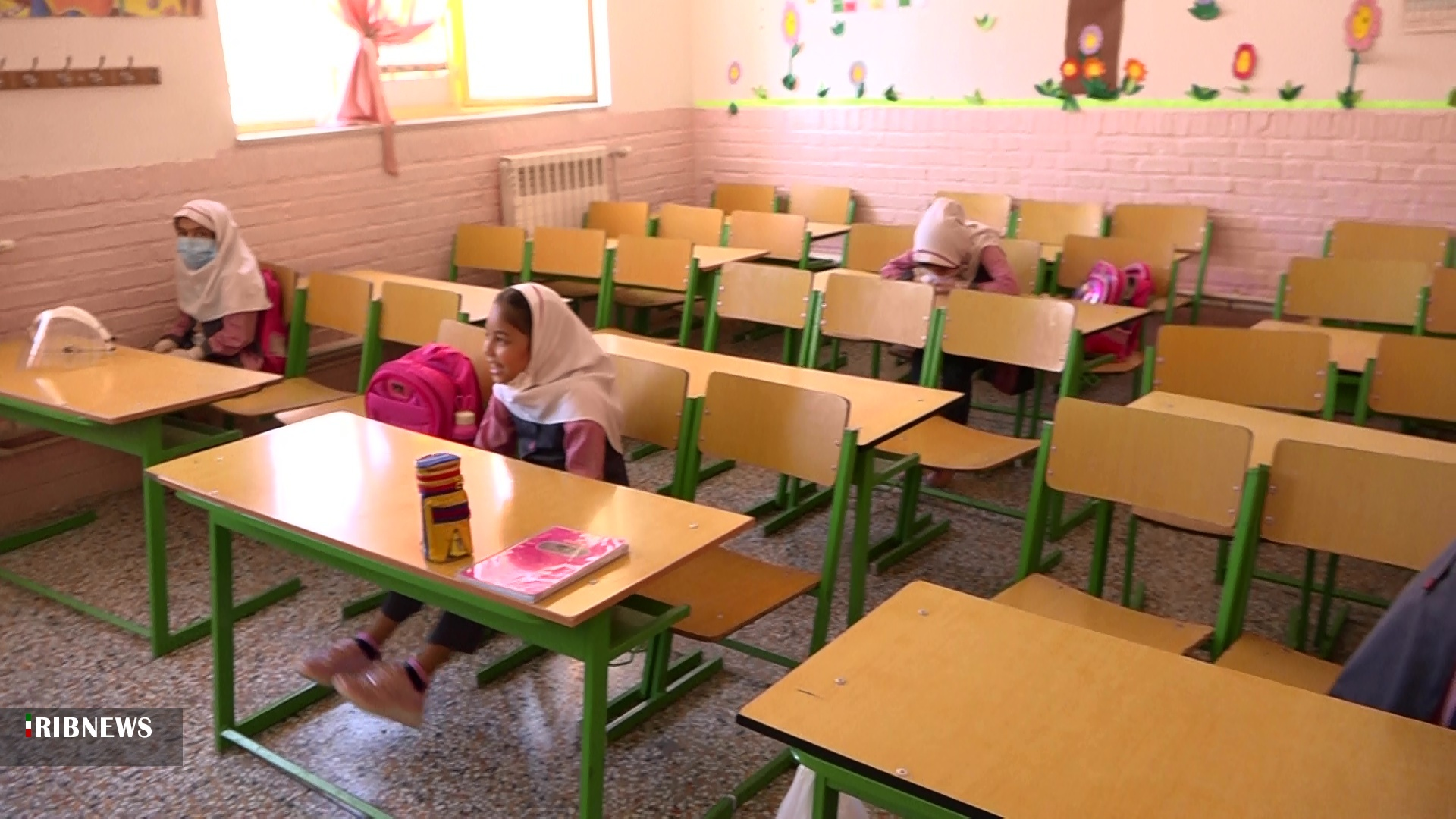 دایرشدن ۹۰ درصد کلاسهای درس در اولین روز بازگشایی مدارس
