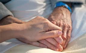 درمان ۱۵۱۵ بیمار نیازمند از محل زکات