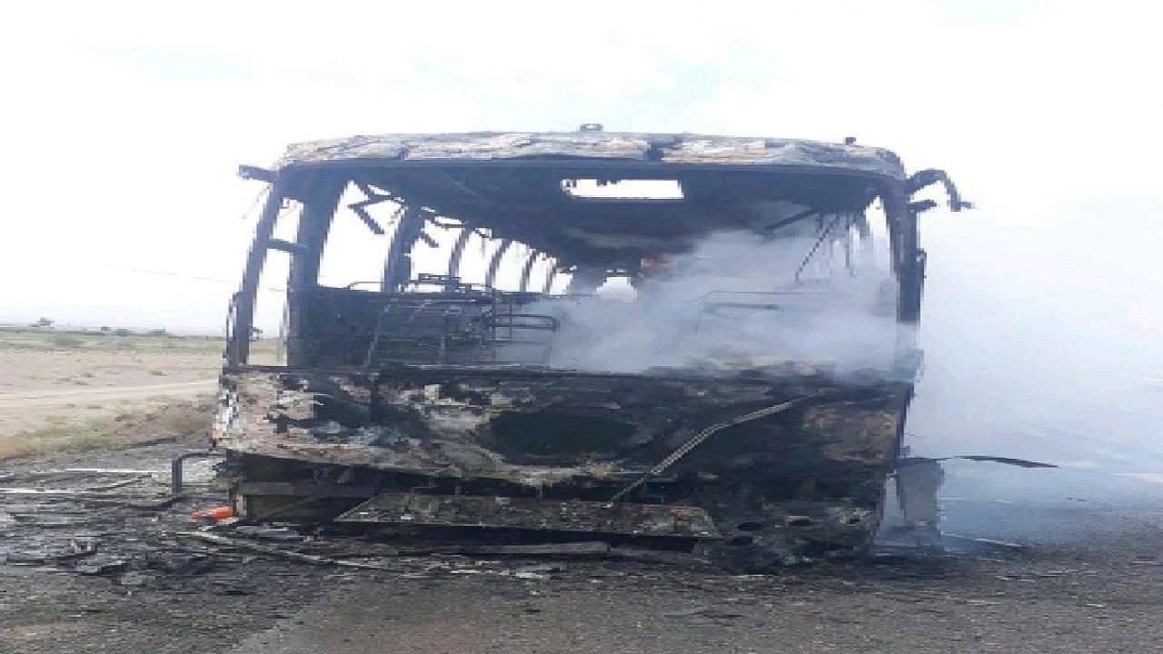 اتوبوس محور بیرجند_زاهدان در آتش سوخت